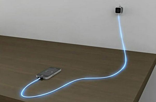 Dexim Green Illuminating Charge & Sync Cable for iPhone, iPod Touch & iPad