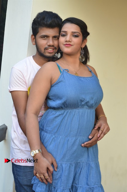 Khayyum, Gourav, Madhulagna Das, Athiya, Sekhar at Chandra Danger Love Story Press Meet  0005.jpg
