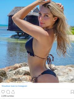 André Marques exalta namorada nas redes sociais