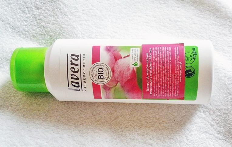 szampon do włosów suchych i zniszczonych marki Lavera