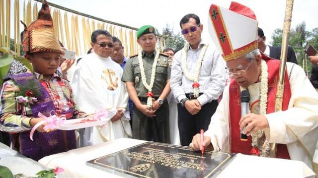Biara Katolik dan Novisiat OFMConv Santo Antonius Padua Tiga Dolok Diresmikan