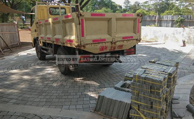 pengiriman batu alam