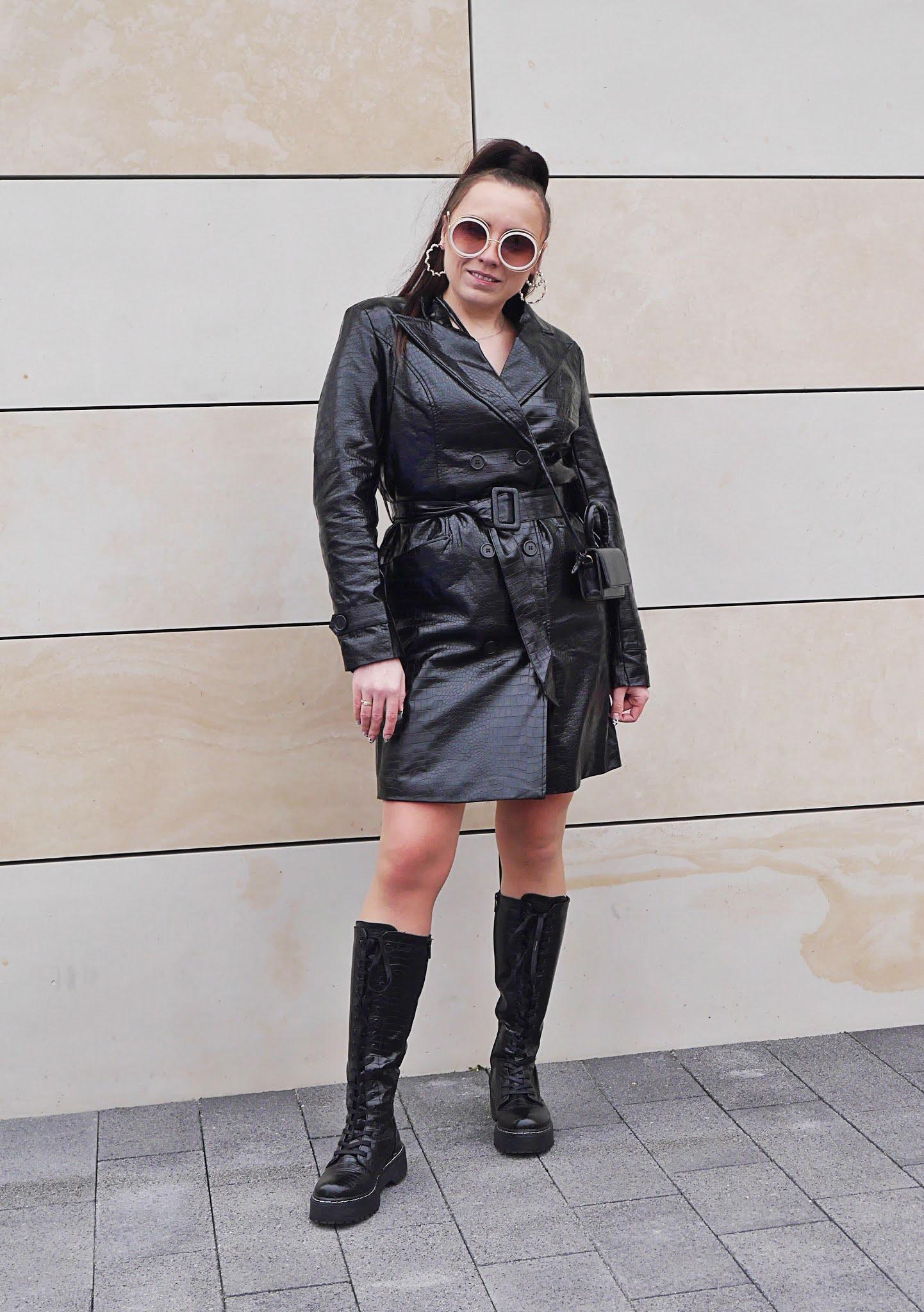 Blog modowy blogerka modowa karyn puławy skórzany wiązany płaszcz skóa węża bonprix wiązane kozaki ccc mała torebka okulary przeciwsłoneczne