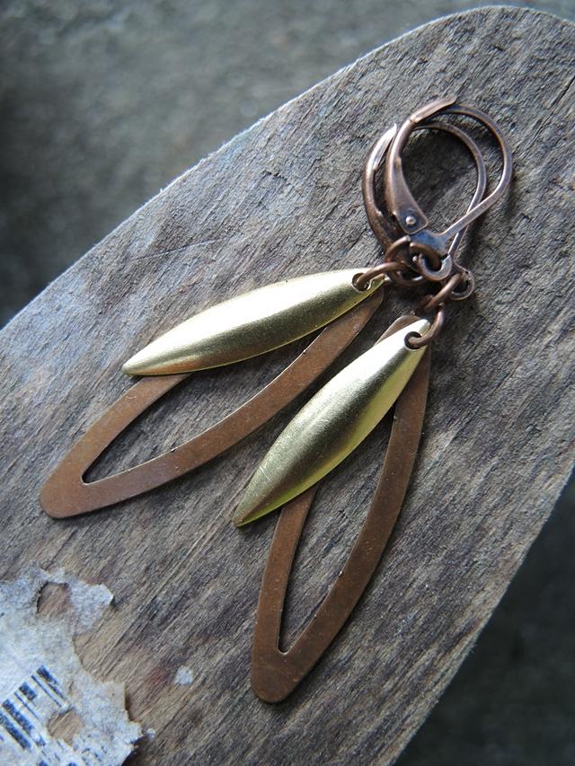 diy earrings - free jewelry tutorial / zelf oorbellen maken