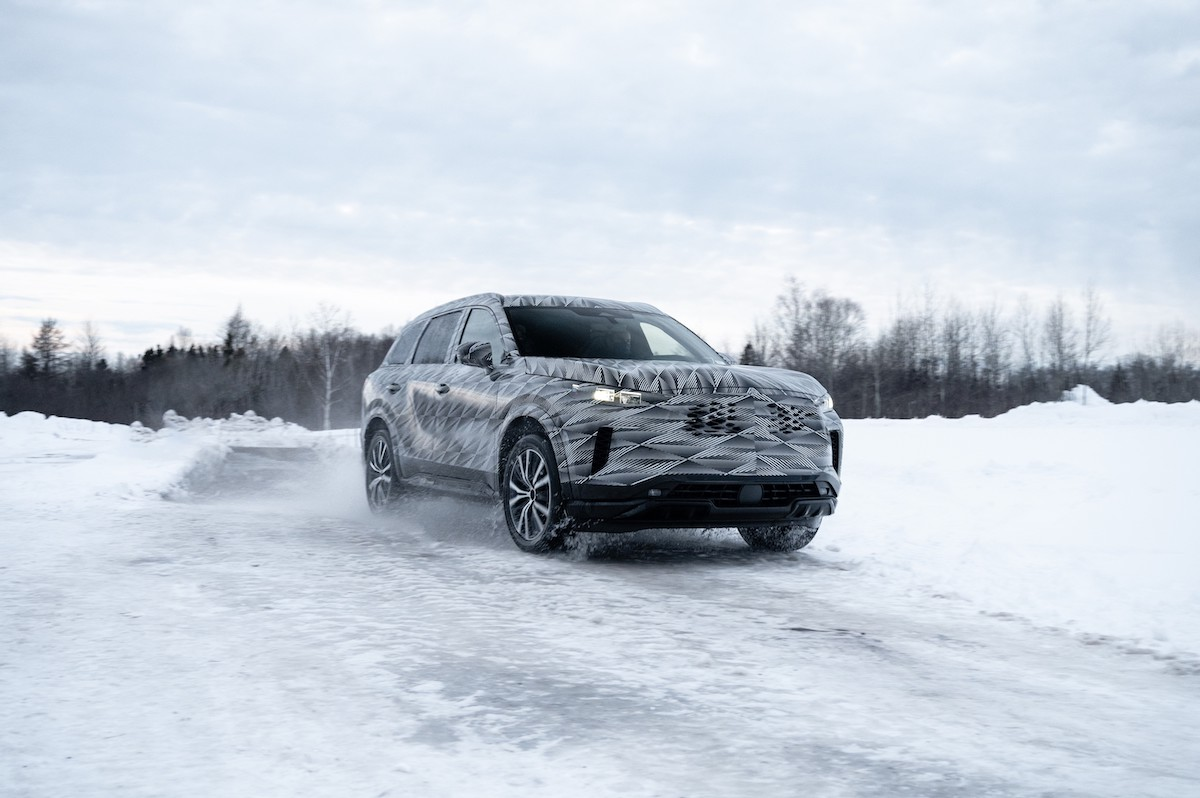 Advanced Intelligent All-Wheel-Drive 2022 INFINITI QX60 will debut later this year