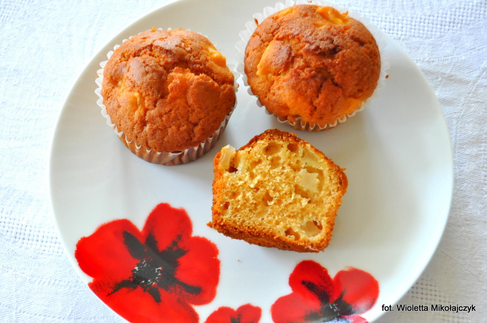 Muffiny gruszkowe z miodem.