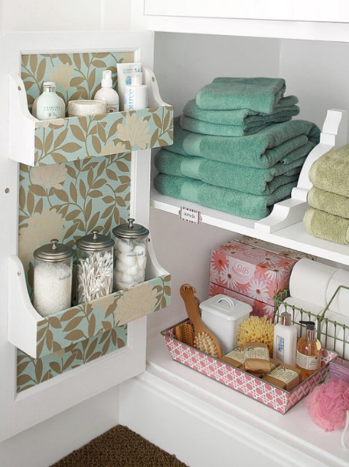 CREATIVE TIPS FOR AN ORGANIZED BATHROOM