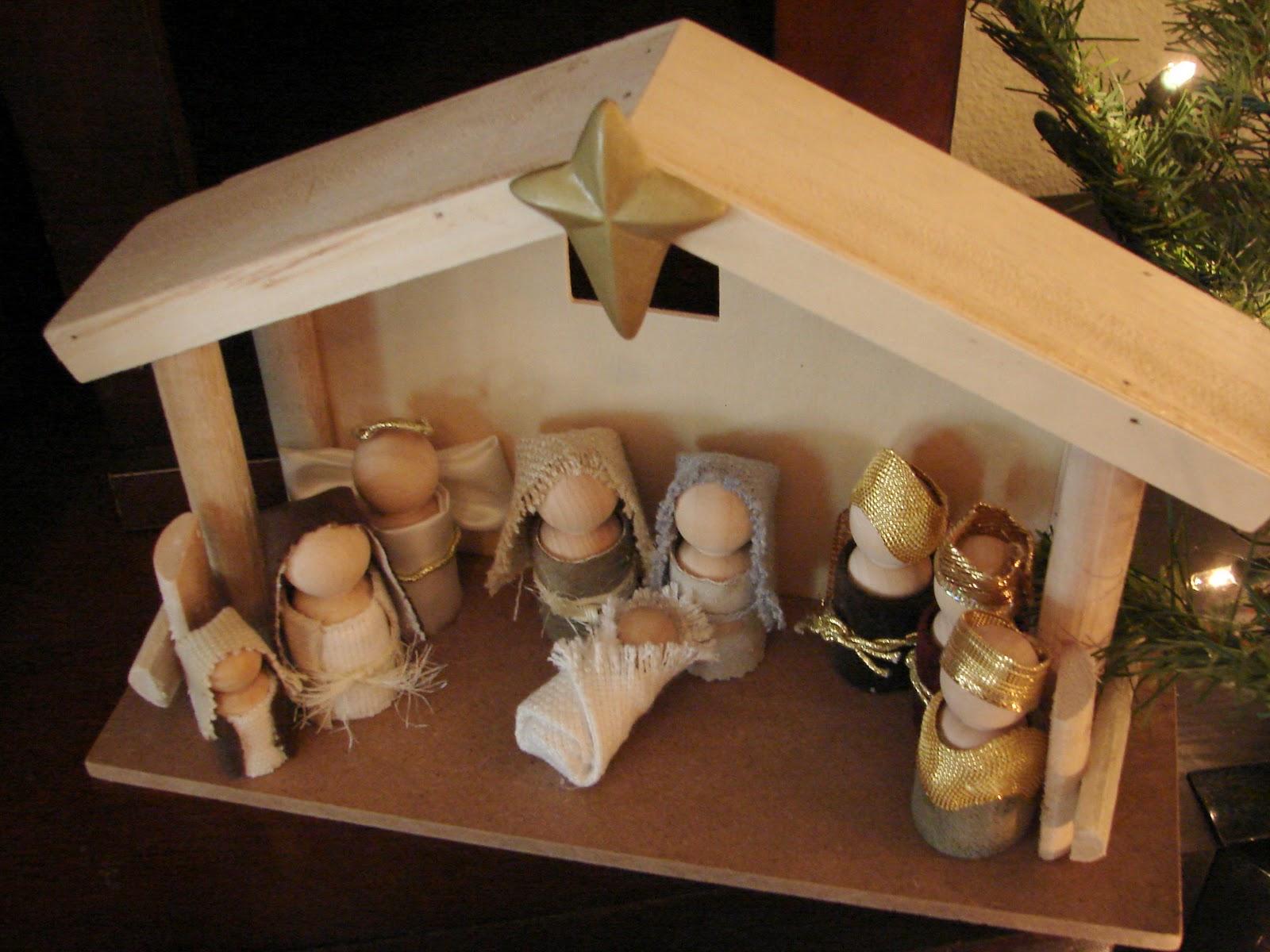 Little Inspirations: Wooden Doll Nativity