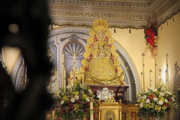 La Virgen del Rocío se quedará en Almonte hasta 2021 debido al coronavirus