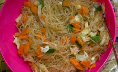 Bihun goreng sayuran