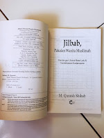 Buku Bekas Jilbab Pakaian Wanita Muslimah