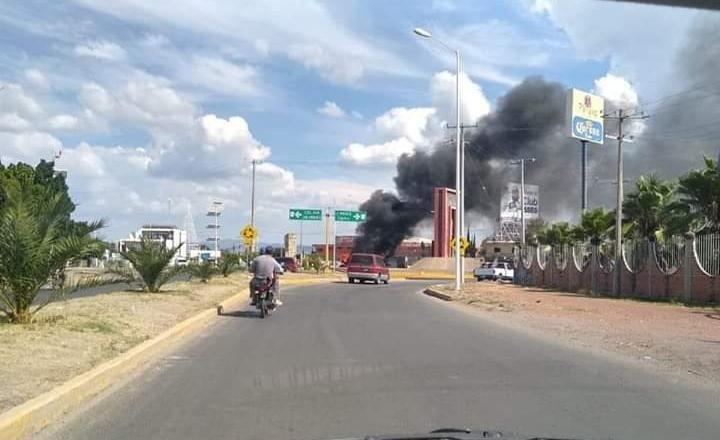 Ataques en diferentes puntos de Guanajuato, operativo para capturar a El Marro desata quema de vehículos y narcobloqueos