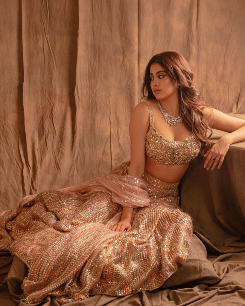 Pic talk of the day: Janhvi Kapoor Dons the right Lehenga With Utmost Grace