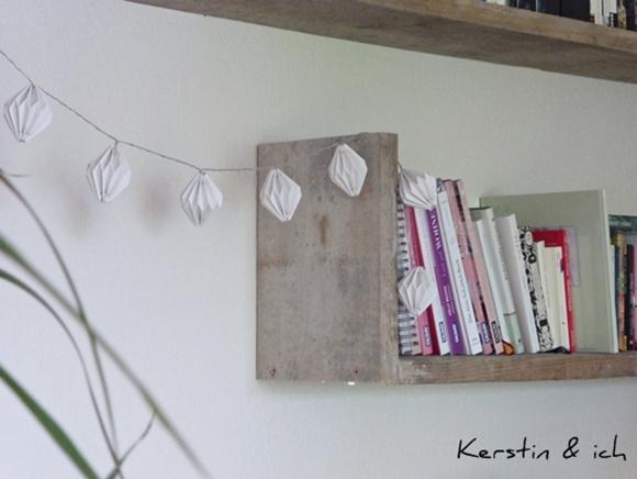 DIY Bücherregal aus alten Baudielen