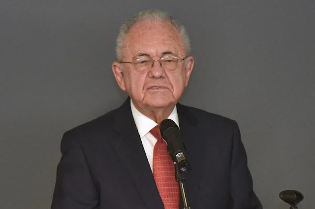 secretario de Comunicaciones y Transportes, Javier Jiménez Espriú