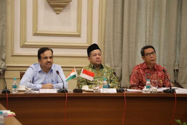 Perlindungan Pekerja di Luar Negeri, DPR: Justru Indonesia Yang Lamban