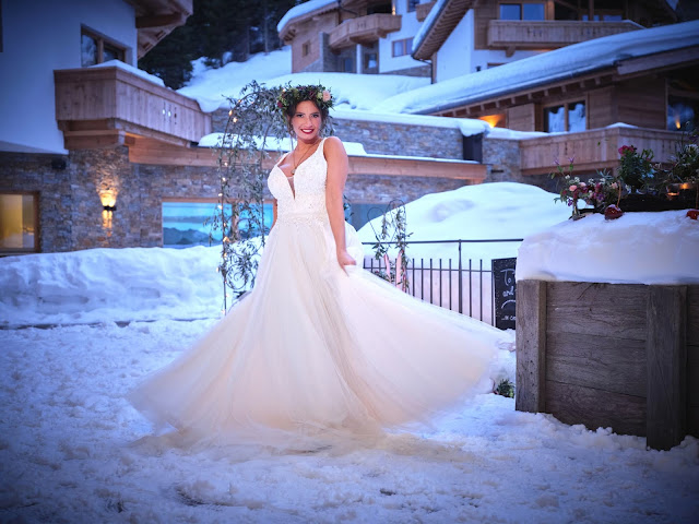 Märchenbraut, Winterbraut 2020, Winterwonderland, together forever, winter wedding, Braut & Bräutigam, Winterhochzeit, Tirol, Pitztal, Pure Resort, Hochzeitsfotografie Marc Gilsdorf, Hochzeitsplanung Uschi Glas 4 weddings & events, Berghochzeit, destination wedding, elopement, heiraten in Tirol, mountain wedding