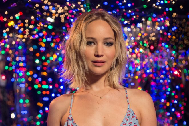 Jennifer Lawrence au photocall du film Passengers à Los Angeles, le 9 décembre 2016.