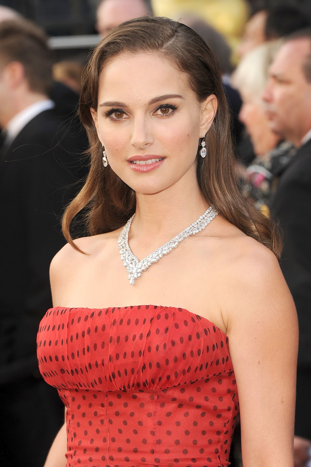 Natalie Portman Beautiful Close Up Pose Sky Seventh Surga