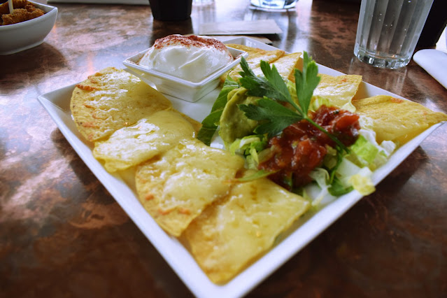 Lunch at The Alchemist Leeds cheese nachos