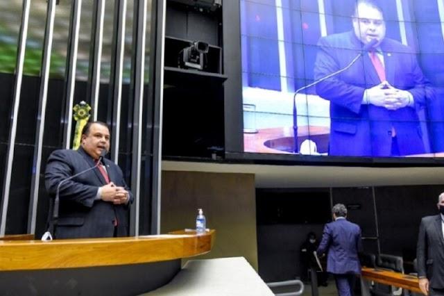 Projeto de Julio Cesar Ribeiro reduz idade mínima para recebimento do Bolsa Atleta