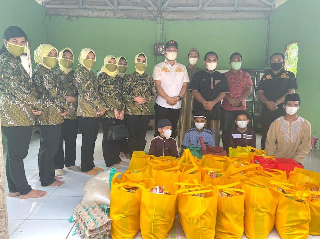 IAD Daerah Pulang Pisau Bagikan 100 Paket Sembako
