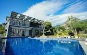 Villa Batu Malang Fasilitas Kolam Renang