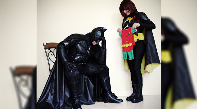 "Couple Announces They're Expecting ""A Sidekick"" As Batman And Batgirl, And Their Pics Are Going Viral"