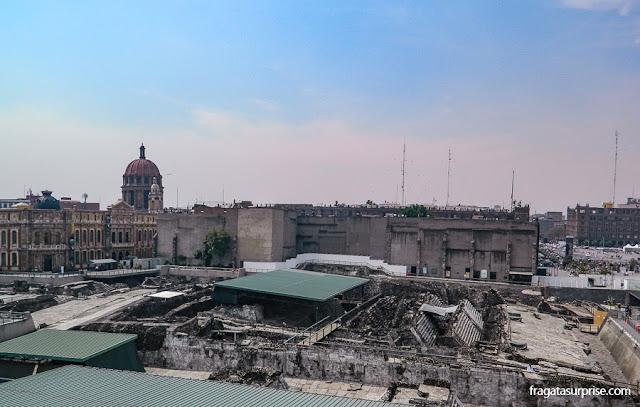 Templo Mayor dos astecas, no Centro Histórico da Cidade do México
