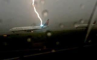 lightning on plane