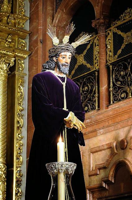 Jesus da Sentença, Sevilha. Ele é o grande perseguido na era dos 'direitos do homem'