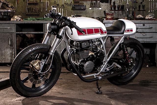 Yamaha XS400 độ Cafe Racer