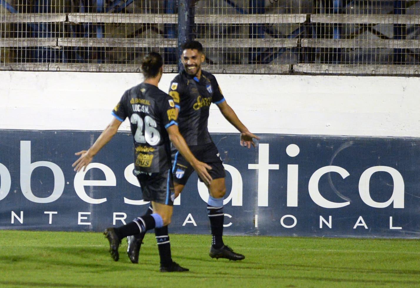 Gimnasia terminó su sueño en la Copa Diego Maradona al caer en su casa con Atlético Tucumán
