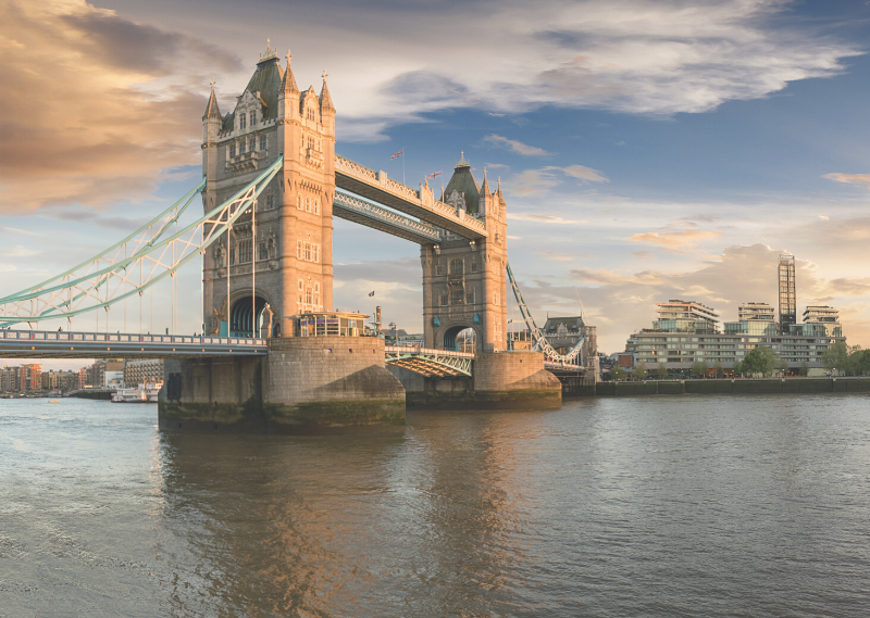 A photo of Tower Bridge in a post about saying goodbye to London.