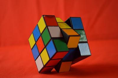 Como jugar cubo rubik creador