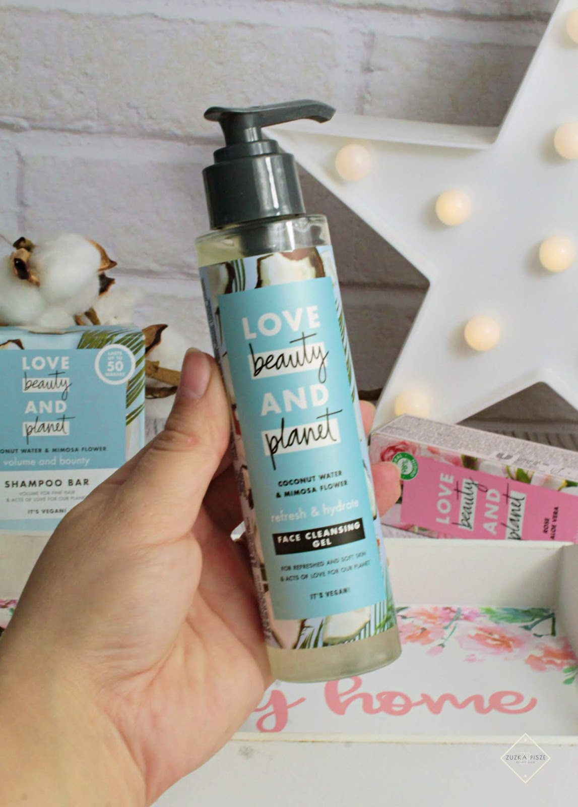 żel do twarzy Love Beauty and Planet Refresh&Hydrate