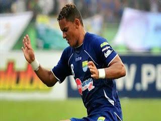 Marcio Souza memutuskan untuk menjadi mualaf pada tahun 2010