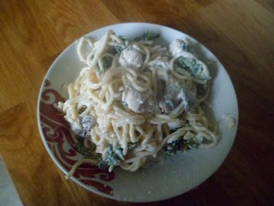 Chicken, mushroom and kale cheesy spagetti recipe