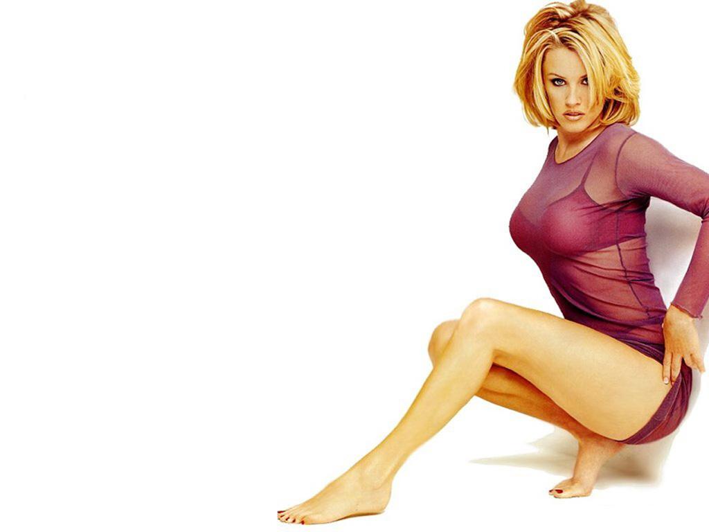 Jennifer jones sexy hot
