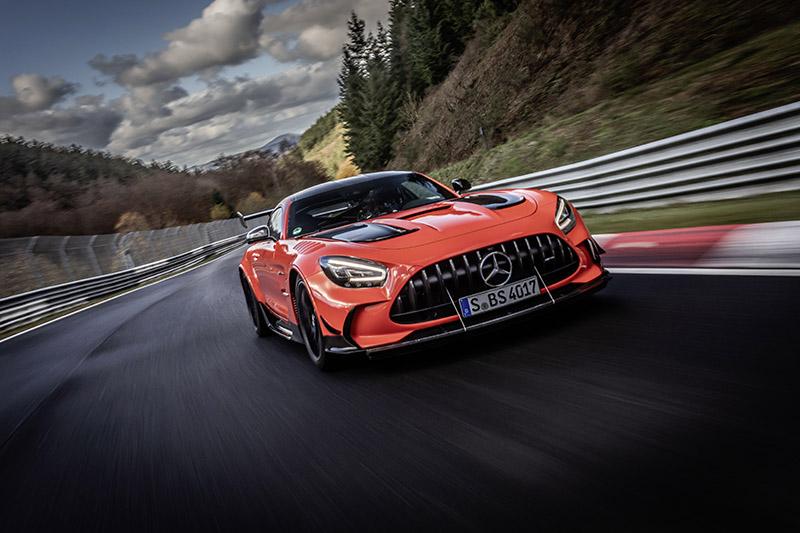 أسرع سيارة إنتاج تجاري