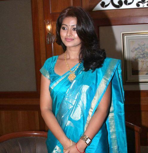 Sneha Stills Murattu Kaalai Sneha Upcoming Tamil Movie: Hot Sneha Rajaram In Saree, Sneha Rajaram Hot In Saree
