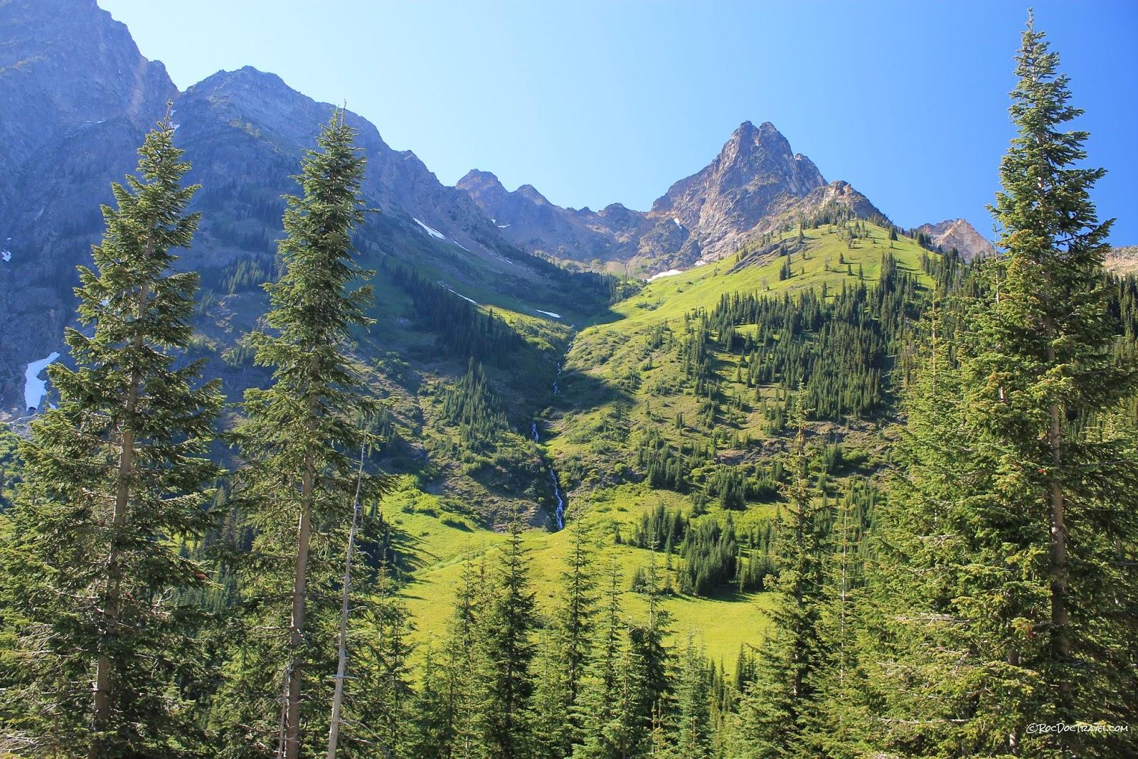 north Cascades National Park Oso landslide Mount Baker volcano glacier Washington copyright rocdoctravel.com