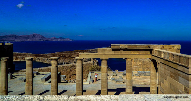 Acrópole de Lindos, na Ilha de Rodes, Grécia