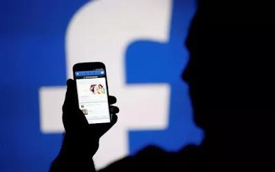 Aceitar amizade não hackeia conta do Facebook - Jayden K. Smith  -
