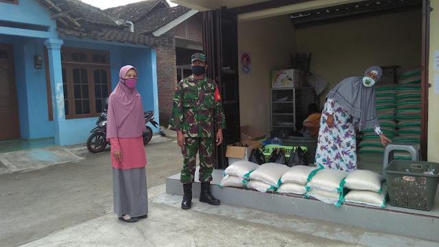 Peran Babinsa Dalam Penyaluran BPNT di wilayah Desa Binaanya