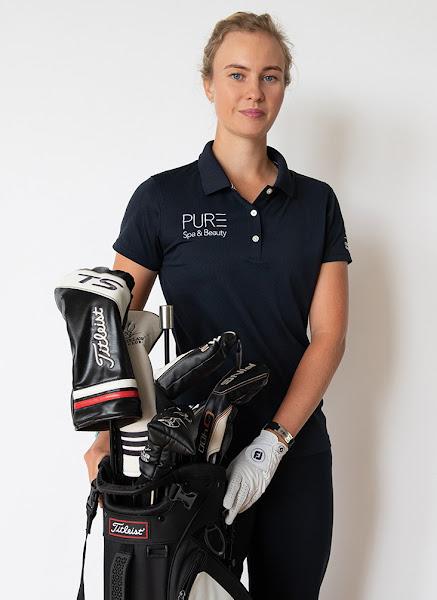 Gabrielle Macdonald is a golfer from Scotland