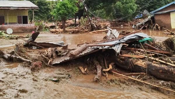 Update Korban Bencana Alam NTT: 128 Meninggal, 72 Hilang