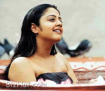 Jothika Naked Pic 103