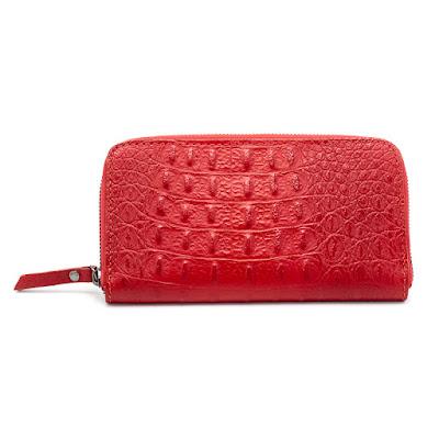 人気の本革クロコダイル型押しの長財布の新しいカラー(レッド・ネイビー)が2種類入荷しました♪♪