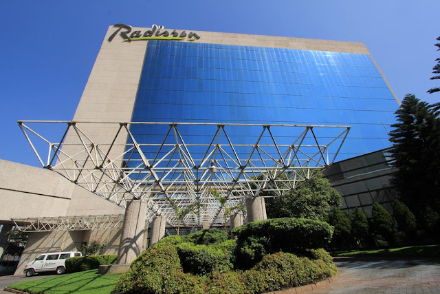 When business brings you to Mexico's capital city, Radisson Paraiso Hotel Mexico City provides a stress-free stay within four kilometers of the National Autonomous University of Mexico (UNAM) and minutes from corporations like Bristol-Myers Squibb and Unilever.